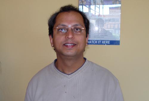 Yogesh Samsi in Leicester, England, April 2008 (photo: Pieter de Rooij)