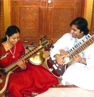 Jayanthi Kumaresh and Purbayan Chatterjee
