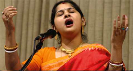 Kaushiki performing at Saptak Festival 2008
